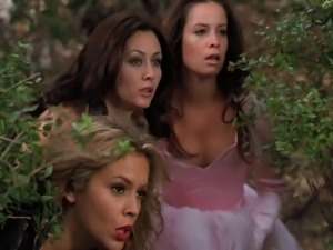 Alyssa Milano - Charmed season 3 collection part 1