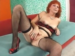 Hot Redhead Cougar in Lingerie and Stockings Bangs BBC