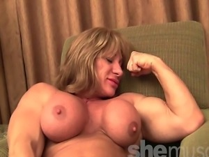 bodybuilder mature posing