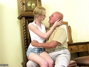 Blonde makes a dirty dream of never-ending fucking with hard dicked dude a...