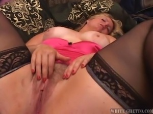 taking turns at her fat pussy @ big fat cream pie #03