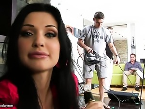 Aletta Ocean with big jugs is too horny to stop playing with herself