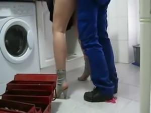Milf seduce plumber free