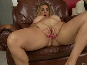 Dirty busty mature Sophia Jewel gets kinky and naked and masturbates for our...