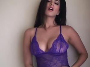 Sunny leone poses in beautiful purple lingerie