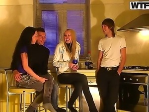 Are you fond of checking up cool foursome sex scenes from amateur couples...