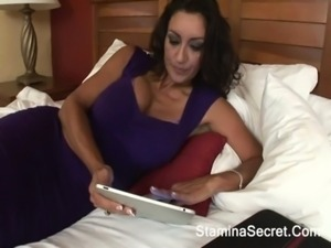 Big tits MILF Persia Monir fucked by big cock on stockings free