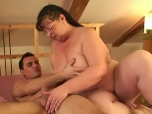 Fat granny gets spooned by fresh meat