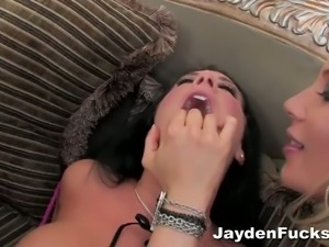 Jayden James and two sensual blondes go lesbo