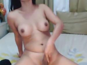 Tranny Jerks Off Her Big Cock