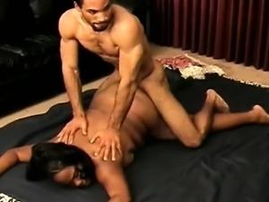 Fat Ebony Girl Fucked By A Muscular Guy
