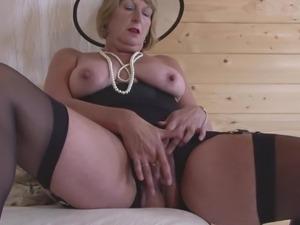 Vanessa blumhagen brüste