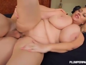 Mature BBW Slut Samantha 38G Gives Fucking Lessons to Stud