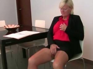 Melissa Lauren & Sabine in pantyhose masturbating