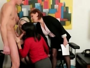 CFNM euro voyeur gets a facial