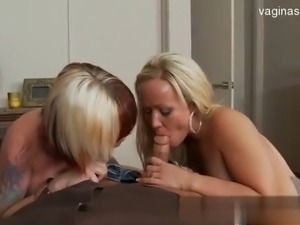 Glamour housewife gagging