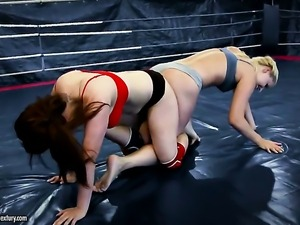 Blonde asian Tigerr Benson with massive tits loses control in lesbian frenzy...