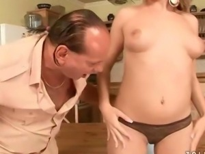 Beauty and ugly guy pissing and fucking
