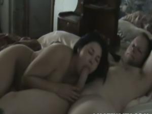 Chubby amateur asian babe gets fucked hard.
