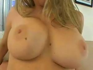 Huge Boobs Babe Sara Stone