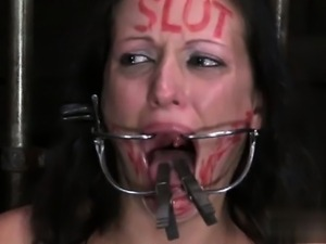 Young girl clit sucking