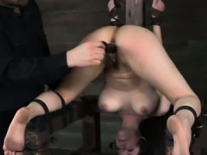 Kinkysex sub restrained upside down