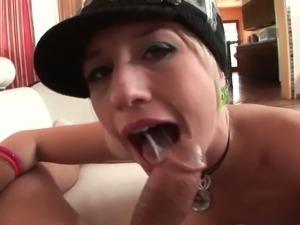 Blonde hoe Proxy Paige gives messy deepthroat BJ.