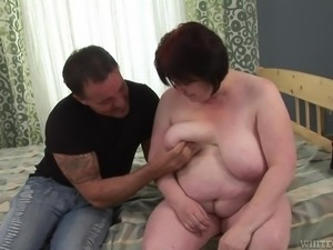 granny gets fucked by young man