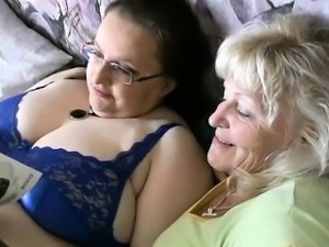 Mature fat woman gets her tits rubbed