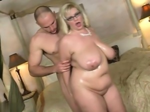 Natural tits oral sex
