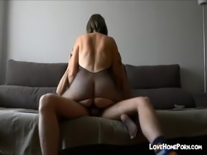 Amateur big ass hoe from spain loves sex in