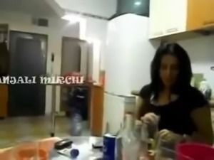 Indian Girls Sexy Dance
