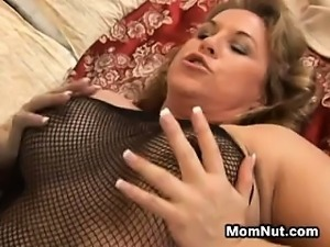 Mature Woman Wants Some Of That Black Cum
