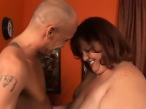 Playful fat girl seduces pretty chap to bang her very well