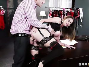 Danny D touches the hottest parts of mouth-watering Brooklyn Chases body...