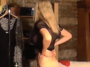 Two 19yo chicks show their pussies at the CASTING