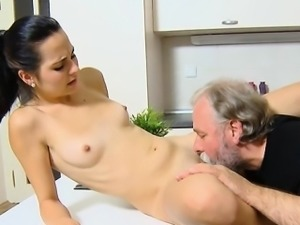 Amateur couple screaming squirt
