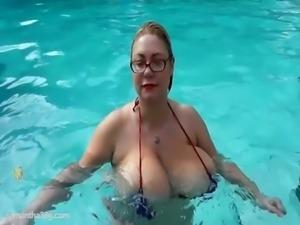 BBW Superstar Samantha 38G Plays with Big Tits in Pool free