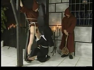 Le Chateau des Supplices Nun Disciplines Young Man part 1 WF