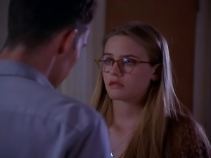 Alicia Silverstone - True Crime