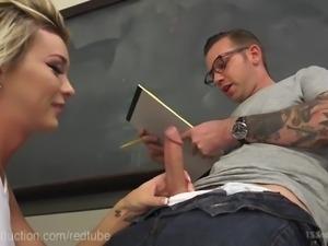 Hot TS Cheerleader Seduces Dorky Tutor