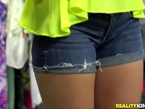 Reality Kings - Sexy blonde does porn for fir