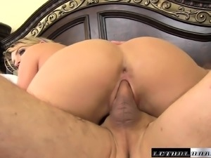 Dirty Cali Carter can't get enough of this relentless rod of pleasure