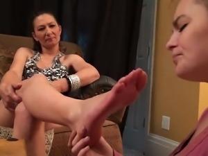 Young girl suck mature feet