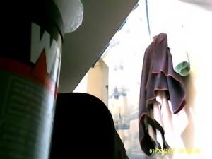 31yo beurette caught nude in bathroom (hidden cam)