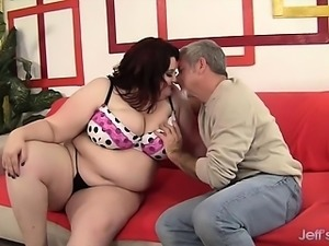Plumper Stazi rides a stiff cock so deep