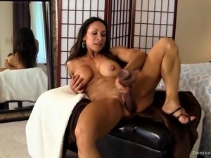 Denise Masino - Miniskirt Muscle Pussy Stuffing - Female Bodybuilder