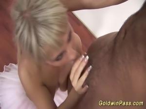 ballerina needs deep anal fisting