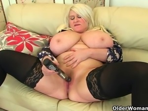 Big titted milfs Sam and Lulu Lush from the UK fuck their mature pussy with a...