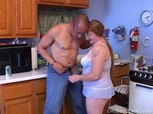 Super cute chubby redhead loving a fuck and a facial